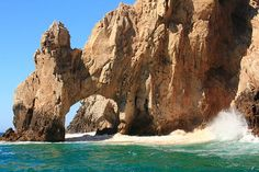 Some FABULOUS photos of the famous Cabo Arch! These had to have been taken about a year ago, when there was still sand under the arch.