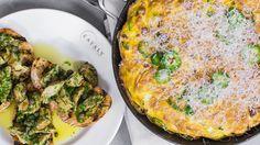 Chorizo,Potato and jalapeno Frittata with Garlicky artichoke Bruschetta Greek Cooking, Gourmet Cooking, Cooking Recipes, Egg Recipes, Brunch Recipes, Appetizer Recipes, Appetizers, Greek Dishes, Main Dishes