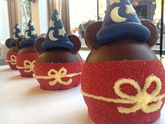 Doce de maça lindo e saboroso que pode ser encontrado nos parques da Disney :P