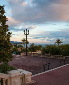 Monte Carlo Sunset