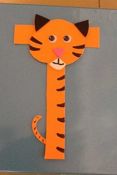 This page is a lot of letter t crafts for kids. There are letter t craft ideas and projects for kids. If you want teach the alphabet easy and fun to kids,you can use these activities. Letter T Activities, Preschool Letter Crafts, Alphabet Letter Crafts, Abc Crafts, Preschool Activities, Tiger Crafts, Animal Crafts, Animal Alphabet, Zoo Phonics