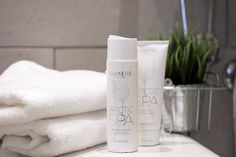 Make your locker room showering experience a little bit more luxurious with Arctic Spa Shower Gel and Body Lotion. The creamy textures and calming scent give just the relaxation you need after a hard workout!