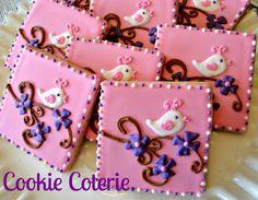 Little Bird Decorated Cookies  HV: cukormáz ételfestékek habzsák dekorcső coupler Megvásárolhatsz mindent a GlazurShopban! http://shop.glazur.hu #kekszdekoracio