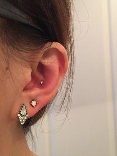 Unique Body Piercings, Different Ear Piercings, Pretty Ear Piercings, Ear Peircings, Conch Piercing Jewelry, Ear Jewelry, Cute Jewelry, Conch Piercings, Jewellery