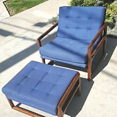 Scoop Chair with Ottoman