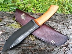 Custom knife: Aurin Blade. Made from NC6 high carbon alloy steel with cherry wood handle.