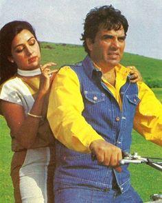 """1 Likes, 1 Comments - muvyz.com (@muvyz) on Instagram: """"#muvyz090417 #BollywoodFlashback #couplegoals #Dharmendra #HemaMalini #whichmuvyz #guessthemovie…"""""""