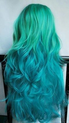 Black to teal green & blue ombre hair color, Wonderful mermaid hair style with natural waves,The favorite hair color of the moment would have to be green this Wonderfull of 28 Amazing . Turquoise Hair, Green Turquoise, Aqua Hair, Bright Blue Hair, Violet Hair, Pastel Hair, Ombre Hair Color, Blue Ombre, Hair Colors