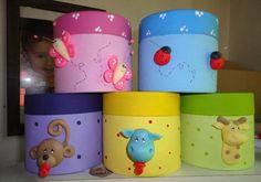 Golosineros, Carameleras, Alcancias Souvenirs Infantiles , - $ 12,00 en MercadoLibre Tin Can Crafts, Clay Crafts, Baby Shower Pasta, Decoupage Tutorial, Clay Design, Ideas Para Fiestas, Pasta Flexible, Recycled Crafts, Cold Porcelain
