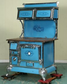 wood cook stove images | Early 1900 Cast Iron Wood Burning Cook Stove,