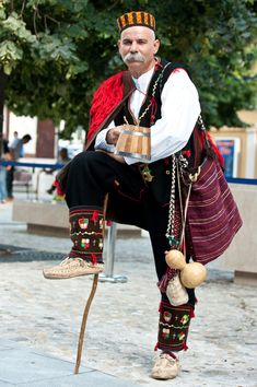 Dinaric men's costume, Croatia, Miljevci ?