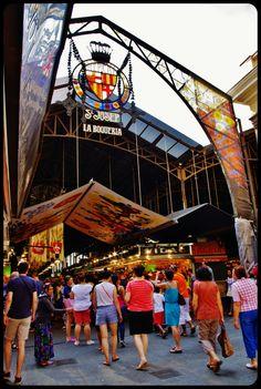 marché de la Boqueria /Barcelone 2013                              … http://www.actuweek.com/go/amazon-espagne.php