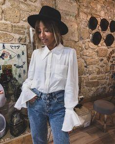 Love the shirt 😍 Fashion 101, Daily Fashion, Korean Fashion, Fashion Outfits, Womens Fashion, Pretty Outfits, Cute Outfits, Camille Callen, Blazers