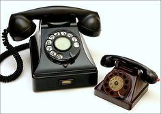 Bakelite telephones. Cool.