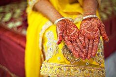 IMAGEN-CORPORALIDAD // Tatuajes de henna hindues, utilizados en las bodas por las mujeres de la India