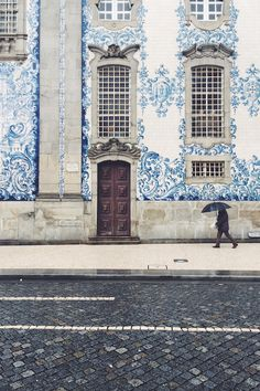 I knew I would be captivated by the azulejos in Portugal – as you probably know, I love anything blue. But what I didn't know was just how much the culture of Portugal would capture my heart. Oh The Places You'll Go, Places To Travel, Places To Visit, Portugal Travel, Spain And Portugal, Portugal Trip, Visit Portugal, Douro, Voyage Europe
