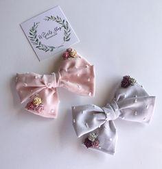 Floral & Swiss Bows Floral & Swiss Bows – W Girls Shop Fabric Hair Bows, Diy Hair Bows, Fabric Flowers, Ribbon Hair, Diy Bow, Diy Ribbon, Ribbon Flower, Baby Girl Bows, Girls Bows