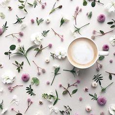 @la_fee_de_fleur #flatlayforever #coffee
