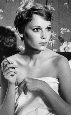 Peinados de iconos de belleza que han marcado una época: corte de pelo de Mia Farrow