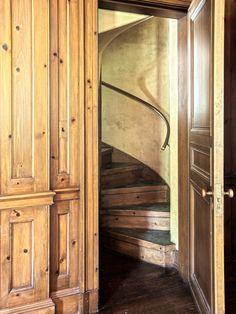 Great 'hidden' stair behind paneled wall adamsleigh estate, Dream House Interior, Home Interior Design, Interior Ideas, Staircase Railings, Stairways, Library Floor Plan, Luxury Floor Plans, Big Pools, Door Entryway