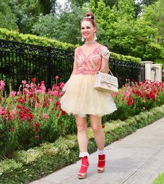 I'm tutu in love with this floral wall - BethieLife Socks And Heels, Ankle Socks, Idda Van Munster, Frilly Socks, Transgender Model, Girls Socks, Sexy Heels, Floral Wall, Marchesa