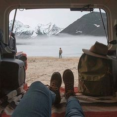 This scene is entirely unbelievable. Thank you @sam_griggs for this shot at Jones lake BC #vanlifediaries S.P xxx by vanlifediaries