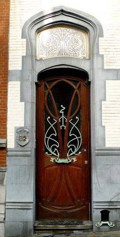 The architecture and decorative elements of style art nouveau, art deco) . Cool Doors, Unique Doors, Art Nouveau Architecture, Architecture Details, Gothic Architecture, Ancient Architecture, Deco Baroque, Knobs And Knockers, Door Gate