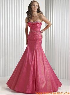 Robe de soirée en taffetas ornée de plis et de perles robe de soirée couture