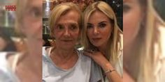 Ünlü şarkıcının acı günü: Fulden Uras'ın annesi Müge Akkoyunlu, geçirdiği ağır enfeksiyon nedeniyle 12 Temmuz'da hastaneye kaldırılmış, durumunun ağırlaşması sonrası yoğun bakım ünitesine alınmıştı. Tedavi süreci boyunca sosyal medya hesabından yaptığı paylaşımlarla annesinin durumunun ağırlaştığını söyleyen ve takipçilerinden dua isteyen Fulden Uras annesinin vefat haberini de yine sosyal medya hesabından duyurdu. Dün akşam yaşam savaşını kaybeden annesi Müge Akkoyunlu'nun vefat haberini…