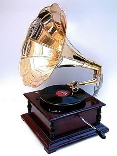 Gramophone Replica of HMV (Type) Reproduction gramophone. Although this is designed for display these do actually play 78 RPM Records just like the real thing. | eBay!