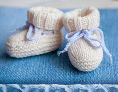 Baby booties uggs free knitting pattern