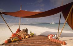 "beach picnic | Romantic ""add ons"" at Benguerra Lodge"