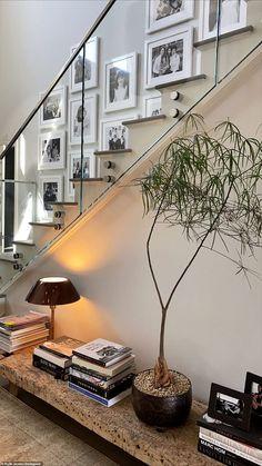 Minimalist Home Interior .Minimalist Home Interior Design Living Room, Living Room Interior, Home Interior Design, Interior And Exterior, Interior Decorating, Stylish Interior, Design Bedroom, Design Entrée, House Design