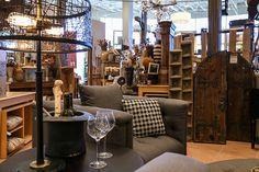 A Cozy Living Room for Fall #halloween #halloweendecor #trickortreat #homemakers #homedecor