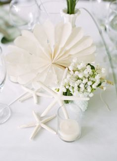 simple white seaside centerpiece | Ben Lowry #wedding