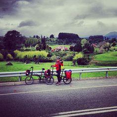 En Bicicleta por la Región de los Lagos (Chile) http://www.viajarenbicicleta.es/bicicleta-region-lagos-chile/