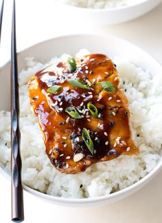 ) – Chef Savvy Easy Teriyaki Salmon pan-fried to perfection and served with a homemade teriyaki sauce! Serve with rice and veggies to make it a meal! Teriyaki Glazed Salmon, Salmon Marinade, Asian Salmon, Tasty Meal, Seafood Recipes, Cooking Recipes, Meal Recipes, Risotto Recipes, Plats Healthy