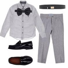 I paggetti, in grigio e nero, sono vestiti eleganti ma non troppo: camicia e pantaloni in grigio, college nere, una bella cintura e, per finire, un papillon a pois.