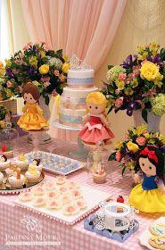 Fabiana Moura - Projetos Personalizados: Festa das Princesas Disney Princess Birthday Party, Baby Princess, Balloon Decorations, Birthday Party Decorations, Baby Disney, Personalized Wedding, 2nd Birthday, Birthdays, Disney Princesses