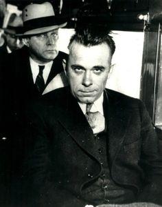 CHICAGO GANGSTER JOHN DILLINGER J EDGAR HOOVER BANK ROBBER ORGANIZED