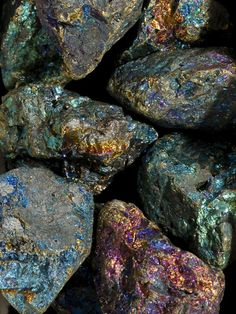 Chalcopyrite -  increases your perceptive abilities, assists in pulling ethereal energy to you to bring information to you and others. Peacock ore can be used to break up energy blockages, excellent for meditation. Crown Chakra