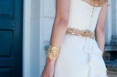 Teal and Gold Wedding Inspiration styled by Linen and Silk Weddings. Dress at Blackburn Bridal. Accessories Stella & Dot, Glitzy Secrets. Photography by Fiona Kelly Photo: http://linenandsilk-weddings.com/2013/05/17/linen-and-silk-inspiration-a-teal-and-gold-wedding-shoot-by-fiona-kelly/