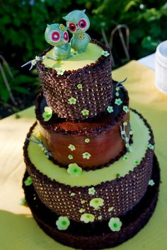 Owls wedding cake
