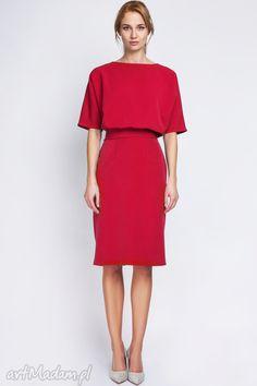 Sukienka, SUK123 czerwony. $48 Modest Wear, Modest Dresses, Dressing Chic, Style Feminin, Urban Looks, Glamour, Dress Collection, Dress Skirt, Cold Shoulder Dress