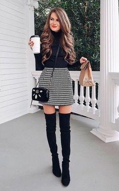 10 vestidos y faldas con botas largas perfectos para Navidad y Año Nuevo   Mujer de 10 Winter Fashion Outfits, Fall Winter Outfits, Look Fashion, Autumn Fashion, Womens Fashion, Fashion Black, Winter Clothes, Dress Fashion, Fashion Boots