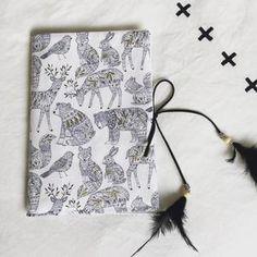 Protège-Carnet de santé animaux, plumes, Collection Winter