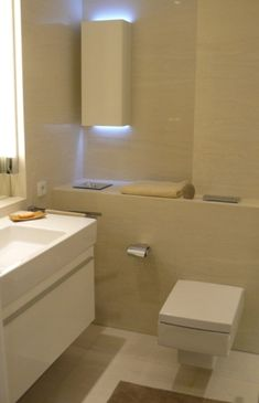 Peaceful bathroom Corner Bathtub, Bathroom Lighting, Toilet, Mirror, Bathrooms, Furniture, Home Decor, Bathroom Light Fittings, Bathroom Vanity Lighting
