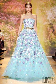 Zuhair Murad Official pictures, S/S 2014 - Couture - http://www.flip-zone.net/fashion/couture-1/fashion-houses/zuhair-murad-4463