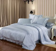 Sky Blue Seamless Silk Bedding Set Fabric: 100% 22 Momme pure long stranded #Mulberry silk.