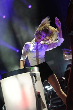 HOLY GROUND IN PITT OMG I WAS THERE AND THAT WAS MY FAVORITE PERFORMANCE OHMYGOODDDDD TAKE ME BACK